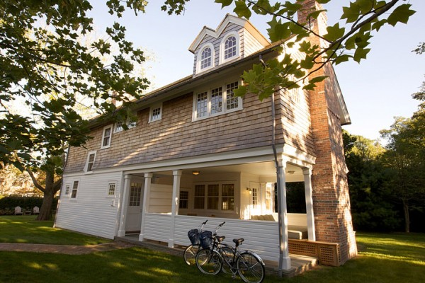 cottage1_exterior